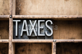 Fototapety Taxes Vintage Letterpress Type in Drawer