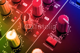 Obrazy i plakaty knobs board of a mixing console