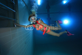 Obrazy i plakaty Happy female scuba diver
