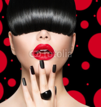 Naklejki Model Girl Portrait with Trendy Hairstyle, Makeup and Manicure