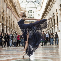 Naklejki Gorgeous classical dancer performing in Milan