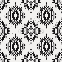 Fototapety Vector grunge monochrome seamless decorative ethnic pattern. American indian motifs. Background with aztec tribal ornament.