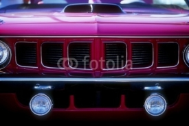 Obrazy i plakaty grille of purple muscle car