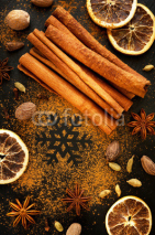 Fototapety Christmas spices:  star anise, cinnamon and cardamom
