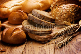 Obrazy i plakaty assortment of baked bread