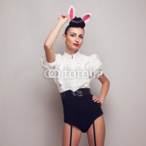 Obrazy i plakaty Sexy pinup model posing in vintage bunny costume