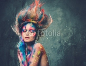 Obrazy i plakaty Young woman muse with creative body art and hairdo