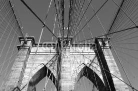 Naklejki Monochromatic view of Brooklyn Bridge