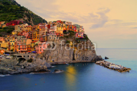 Obrazy i plakaty Manarola, Italy on the Cinque Terre coast at sunset