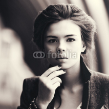 Fototapety Young woman portrait