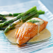 Fototapety Salmon fillet with asparagus and yellow sauce