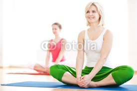 Fototapety Two yogas woman indoors