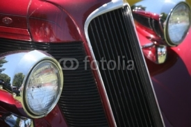 Obrazy i plakaty vintage car headlights and grill