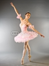 Fototapety Ballerina's toe dance isolated