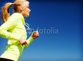 Obrazy i plakaty woman doing running outdoors